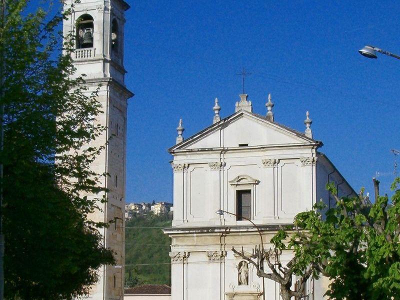 Presbiterio Chiesa parrocchiale di Sant'Ambrogio